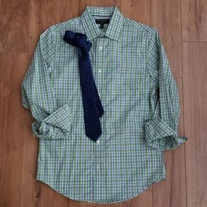 Banana Republic Dress Shirt w/ free tie!!